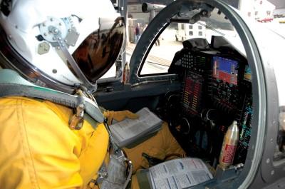 Перед кожним польотом треба перевіряти чекліст. (Фото з wikimedia commons)